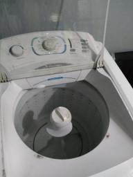 Máquina de lavar Eletrolux 12kl