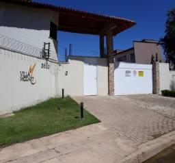 Aluga-se casa duplex em condomínio residencial, localizada na Zona Leste de Teresina - PI