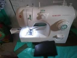 Máquina costura