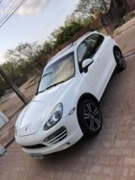 Porsche Cayenne (sem detalhes) - 2011