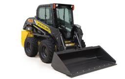 Mini Pá Carregadeira L 218 Peso Operacional 2.660 kg ( importada)
