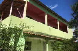 Casa em Itaguaçu de dois pavimentos