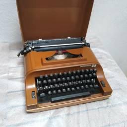 Funcionando corretamente Maquina de escrever antiga
