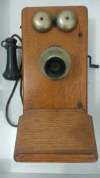 Telefone antigo Kellogg de 1907