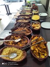 Título do anúncio: Ótimo Restaurante Kilo lindo das 11 as 15 horas tudo novinho