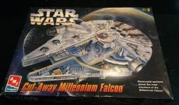 Star Wars AMT ERTI  nave MILLENNIUM Falcon
