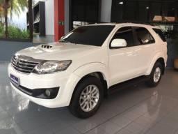 Toyota/ Hilux SW4 SRV 4x4 3.0 Turbo- Diesel - Automático 2012/13