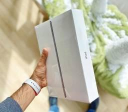 IPad, iPad Mini, Macbook air e Pro/ Novos, com 1 ano de garantia Apple