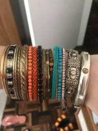 Vendo pulseiras femininas