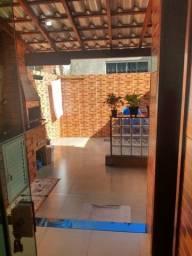 Sobrado à Venda com 2 dormitórios, 66,70m²