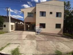 Apartamento com 3 dormitórios para alugar, 80 m² por R$ 1.100,00/mês - Canisianas - Irati/