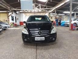 Mercedes benz b180 baixa km ,único dono , estepe sem uso