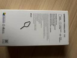 Samsung A10 com marcas de uso tenho
