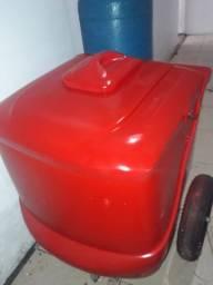 Carrinho de picolé vermelho