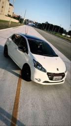 Peugeot 208 + Teto Panorâmico