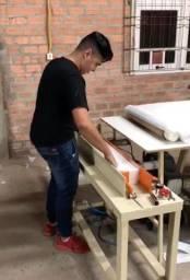 Vende-se máquina para fazer papel toalha interfolha