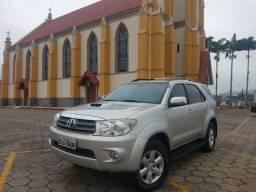 Toyota sw4 automática 4x4 diesel 3.0