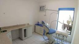 Sala Comercial toda Equipada com Consultório Odontológico.