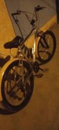 Bike Caloi de alumínio leia