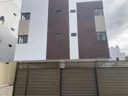 Aluga-se apartamento de 2 quartos nos Bancários