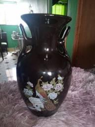 Vaso de porcelana asiático antigo