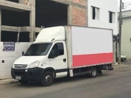 Caminhão Iveco/Daily 55c16 ano 2012