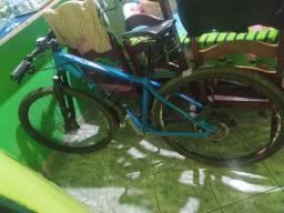 Vendo ou troco bike tava 17 susp a ar proshok