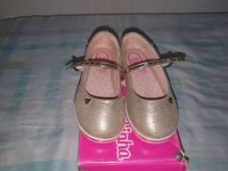 Sapato feminino infantil moleca número 25. Muito novo. 40