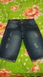Bermuda jeans com lycra veste 36 ou 16 anos