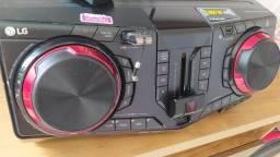 LG XBOOM CJ87 semi novo 1800 watts rms leia a descrição