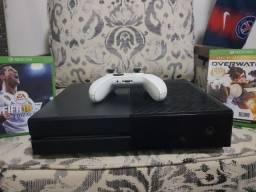 Xbox one com controle