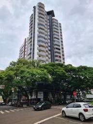 8424 | Apartamento para alugar com 3 quartos em Zona 01, Maringá