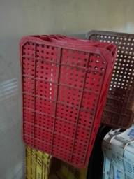 Caixas plásticas, 15 un, 50 cm x 36cm.