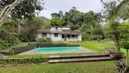 Casa para Venda em Teresópolis, BOM RETIRO, 3 dormitórios, 1 suíte, 2 banheiros, 2 vagas