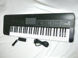 Sintetizador Korg Krome 73