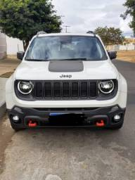 Oportunidade: Jeep Renegade 2.0 Diesel único dono!