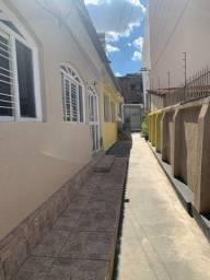 Aluga-se Casa 3Quartos Alameda Botafogo Setor Central Sem Garagem