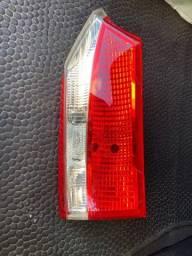 Lanterna traseira Corolla 2016