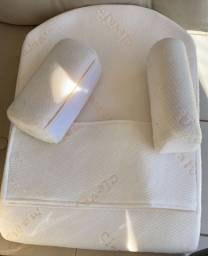 Travesseiro Importado R$ 75,00 antirefluxo ClevaFoam com rolinhos para bebê