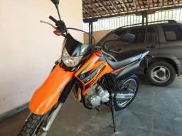 Lander 250cc 14/15 único dono