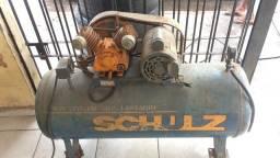 Vendo compressor 250 litro