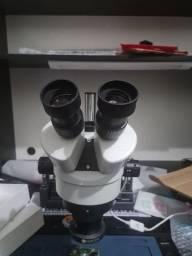 Microscópio completo novo com câmera suporte base de alumínio e luz
