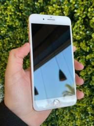 iPhone 8 Plus 64GB Gold*