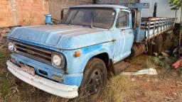 Caminhão D60 1970 colecionador motor Perkis