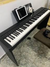Piano Digital Yamaha P45  - C/ Suporte Original Yamaha