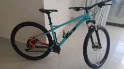 Bicicleta GT avalanche sport 2020
