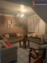 Oportunidade Casa de 2 Pavimentos no Guará I!!
