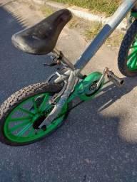 Bicicleta aro 16 infantil
