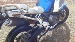 Super Tenere 2012 - 78000 Km´s - Único dono com acessórios. + Jogo de pneus Novos