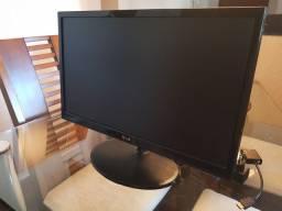 Monitor LG LED 21.5 Polegadas Full HD<br><br>